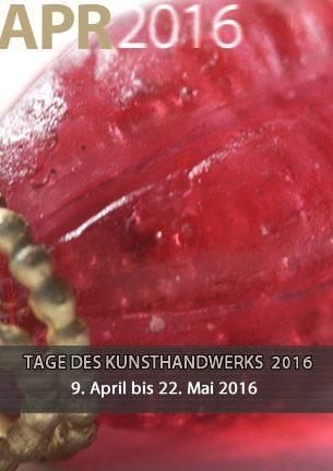 """Zum 3. Mal finden die TAGE DES KUNSTHANDWERKS WORPSWEDE in der Galerie Altes Rathaus statt. Für die sechswöchige Ausstellung mit dem Titel """"Metamorphose"""" haben die teilnehmenden Kunsthandwerkerinnen themenbezogene Werkstücke entworfen und angefertigt."""