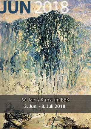 Der Tradition verbunden fühlen sich die Künstlerinnen und Künstler des BBK, die nun auch zum 30. Geburtstag des BBK in Worpswede das Feuer am Brennen halten und aktuell in der Kommunalen Galerie Altes Rathaus einen beachtlichen Querschnitt zeitgenössischer Kunst präsentieren.